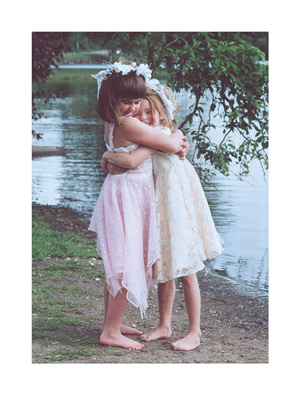 Friendship – Hug – Set of 6
