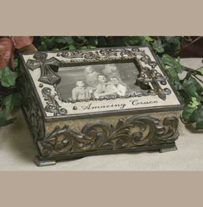 "Music Box with Photo Frame – Plays """"Amazing Grace"""""