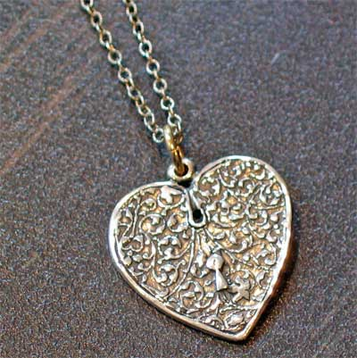 Sterling Silver Scripture Heart Necklace - Psalm 28:7