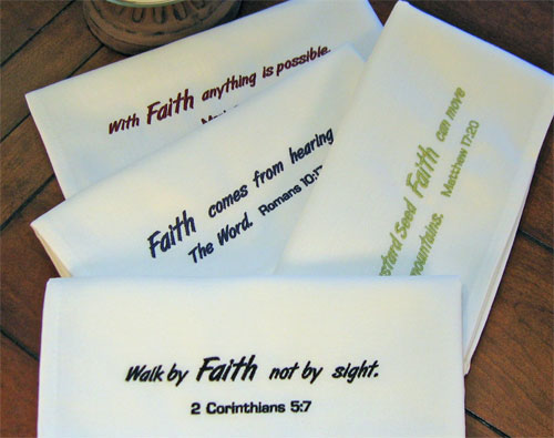 Easy Care 'Faith' Napkin Set