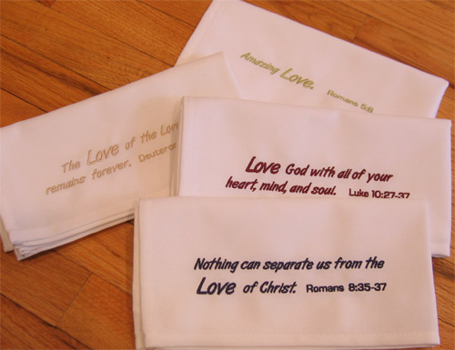 Easy Care 'Love' Napkin Set