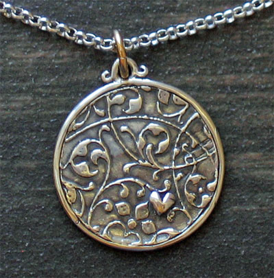 Sterling Silver Scripture Medallion – Psalm 31:24
